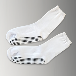 Deluxe White Calf Height Non Slip Socks (per pair)
